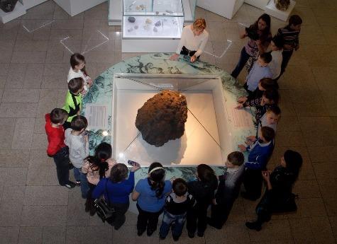 ВЧелябинске влотерею разыграют осколки метеорита