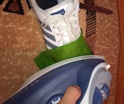 baa7a4304 Пенсионерка принесла в ремонт сапоги Челябинской обувной фабрики, в ...