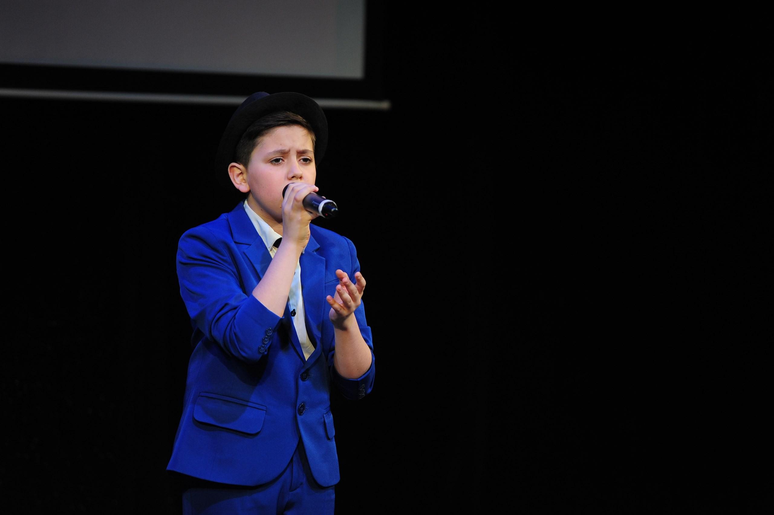 Валерий Меладзе восхитился звуком южноуральского школьника вшоу «Голос.Дети»